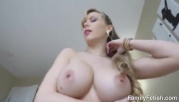 Young girl's creampied brown pussy