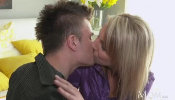 Beautiful blonde mom tastes hot thick cum