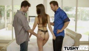 Hot Brunette Sucking Cock On Webcam