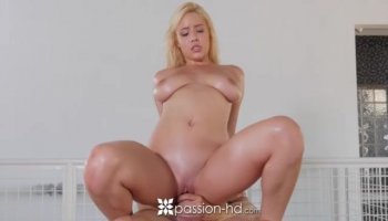 Rich Guy With Big Cock Fucks Sexy Arab Chick After Giving Her Money